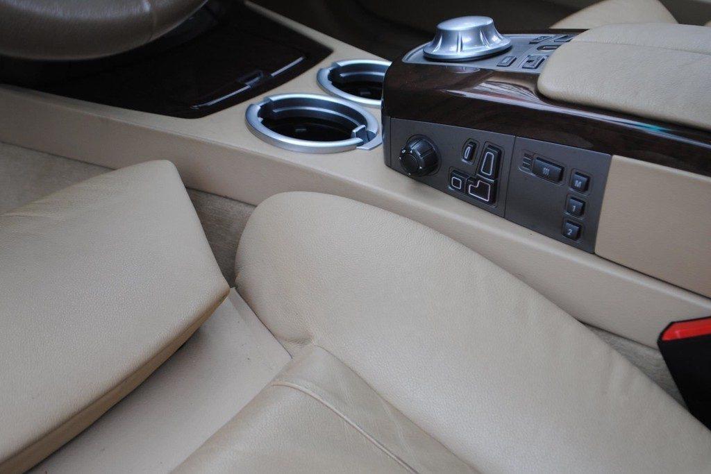 BMW 735i V13