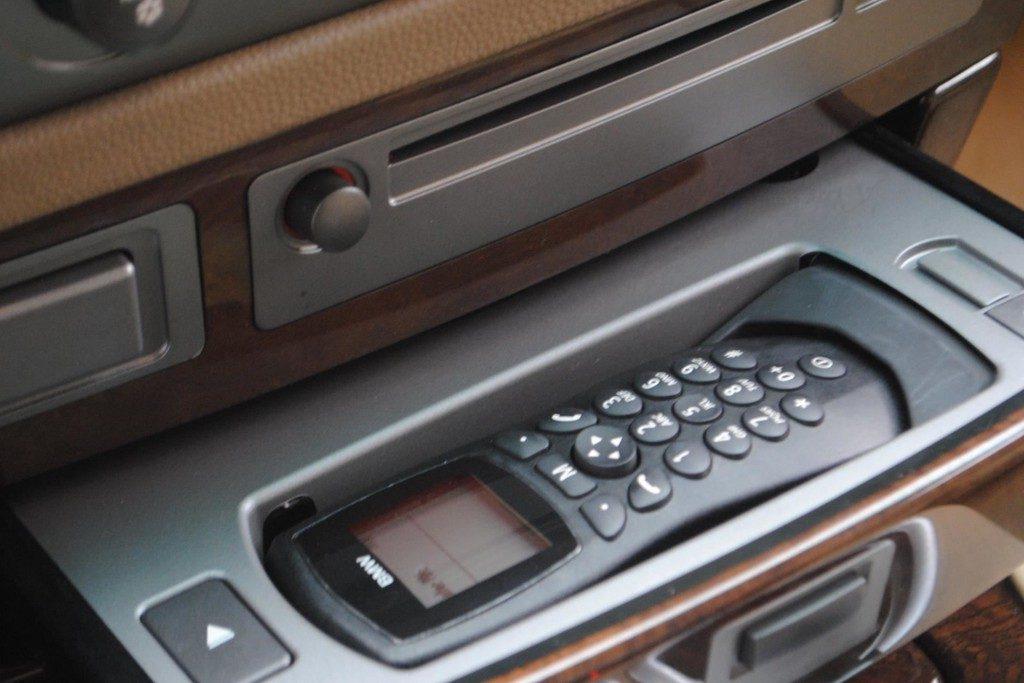 BMW 735i V15