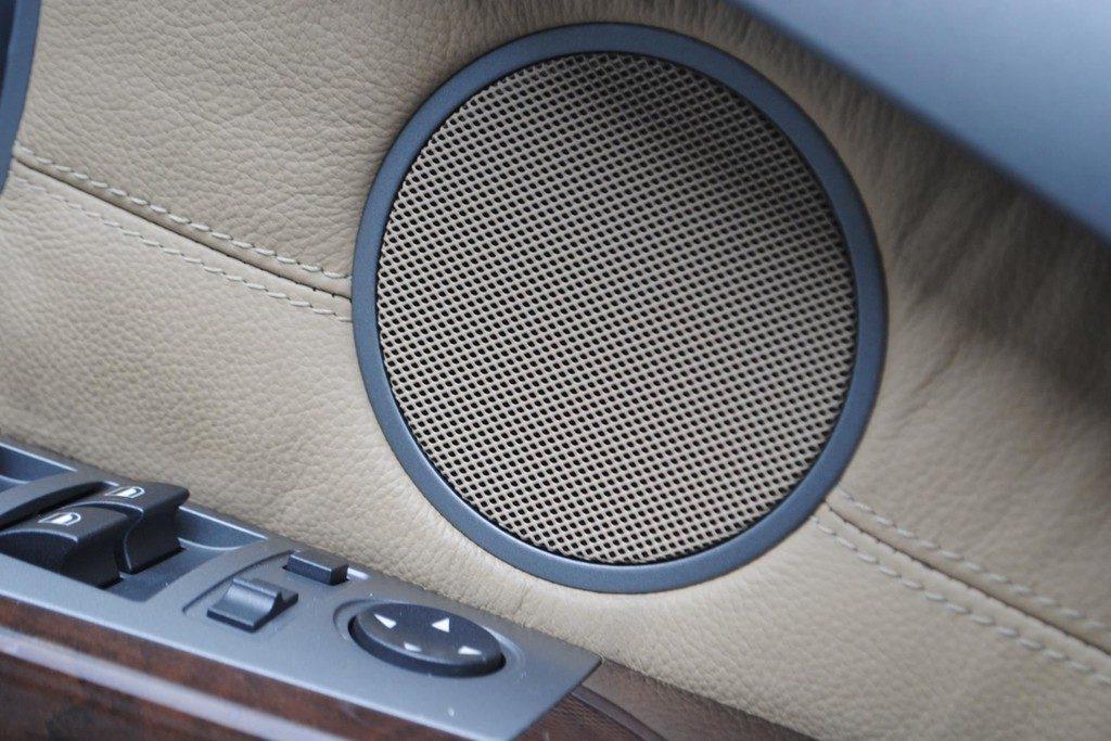 BMW 735i V17