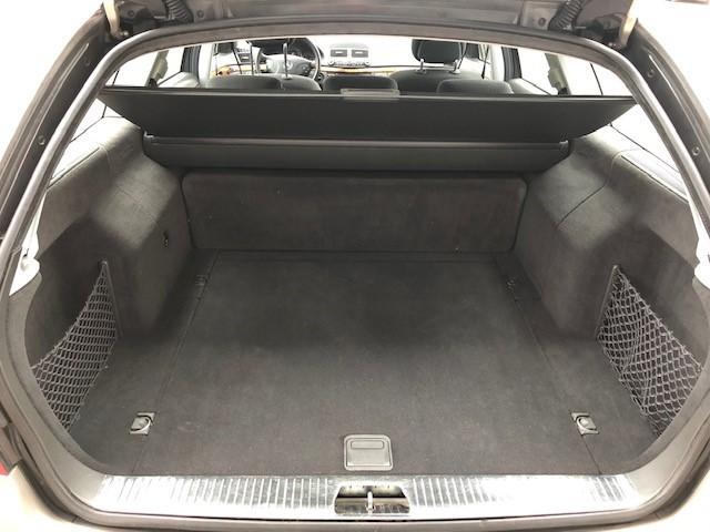 Mercedes E240 v16