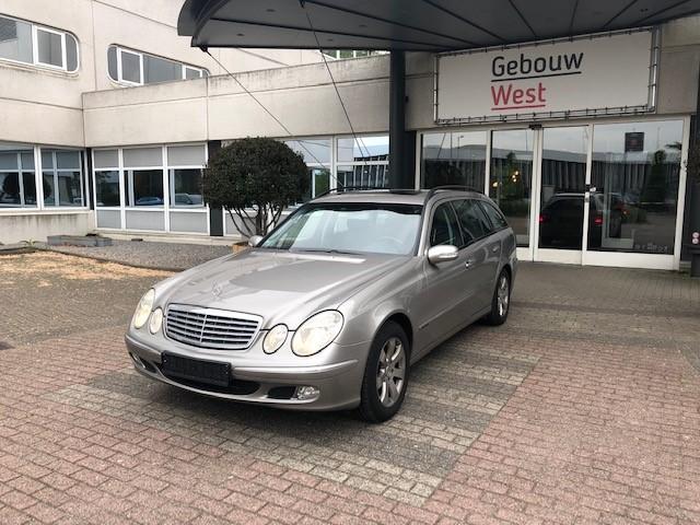 Mercedes E240 v7